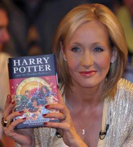 """La Rowling, autrice della saga, alla presentazione dell'ultimo libro """"Harry Potter e i doni della morte""""."""